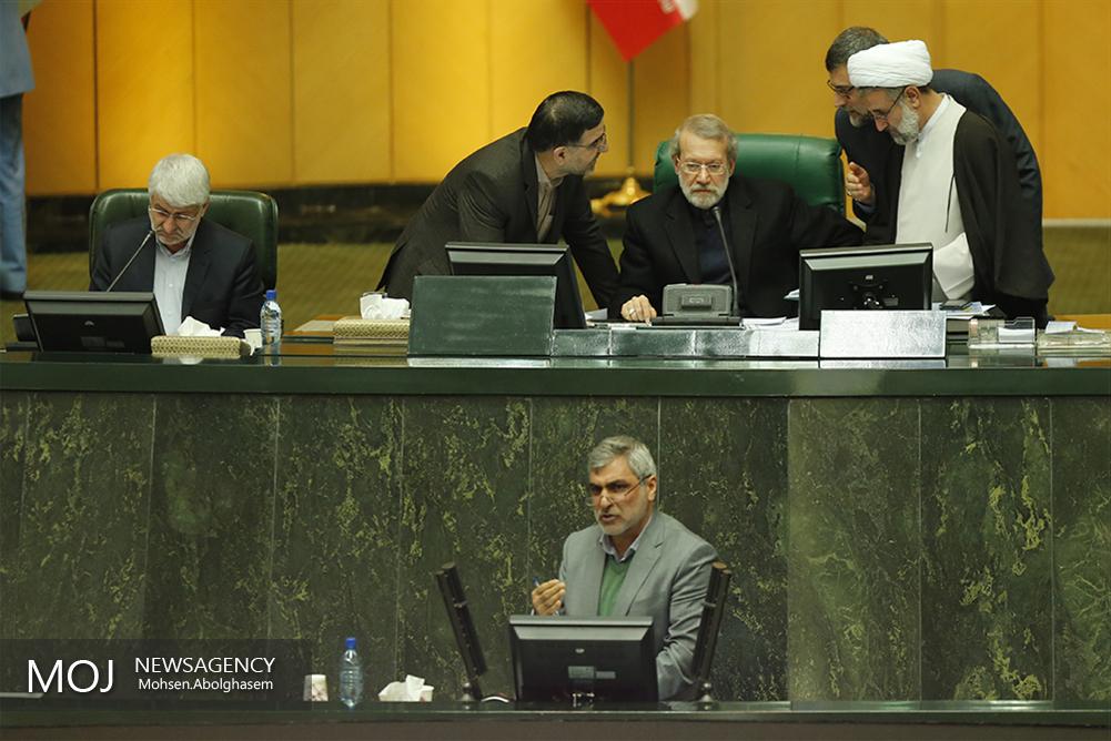 واکنش لاریجانی به توئیت یکی از معاونان رئیس جمعهور