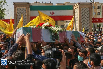 تشییع+پیکر+مطهر+سردار+شهید+سیدمحمد+حجازی+در+اصفهان.jpg0