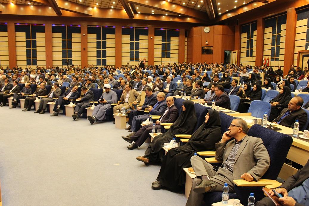 وزیر ورزش و جوانان در همدان