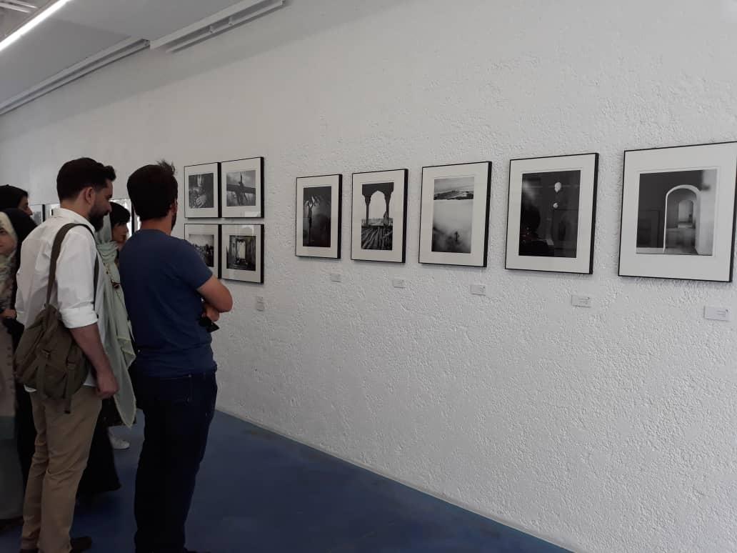 نمایشگاه چند روزی در میان