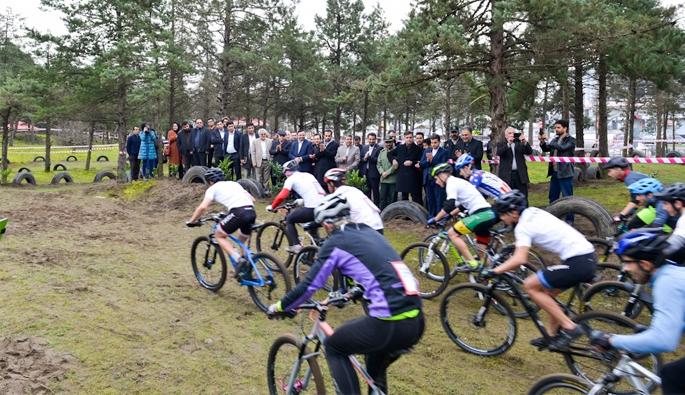 افتتاح پیست دوچرخه سواری