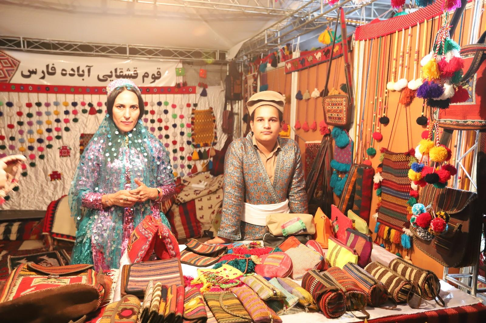 گشایش نمایشگاه توانمندی های روستاییان و عشایر فارس با حضور استاندار فارس