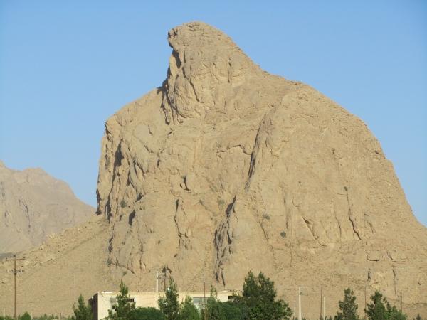 کوه غقاب تفت