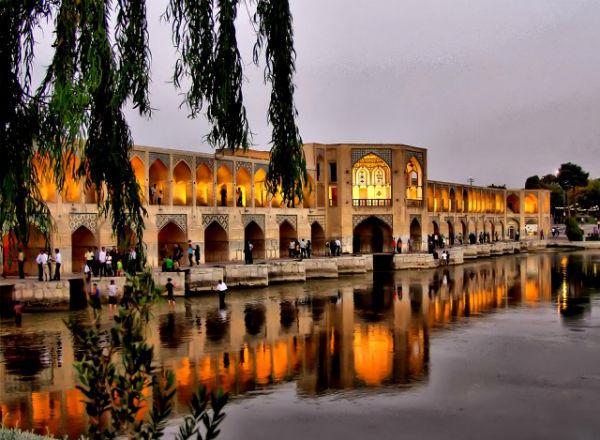 جاذبه های گردشگری اصفهان را بشناسید/ زیباترین و دیدنی ترین مکان ...