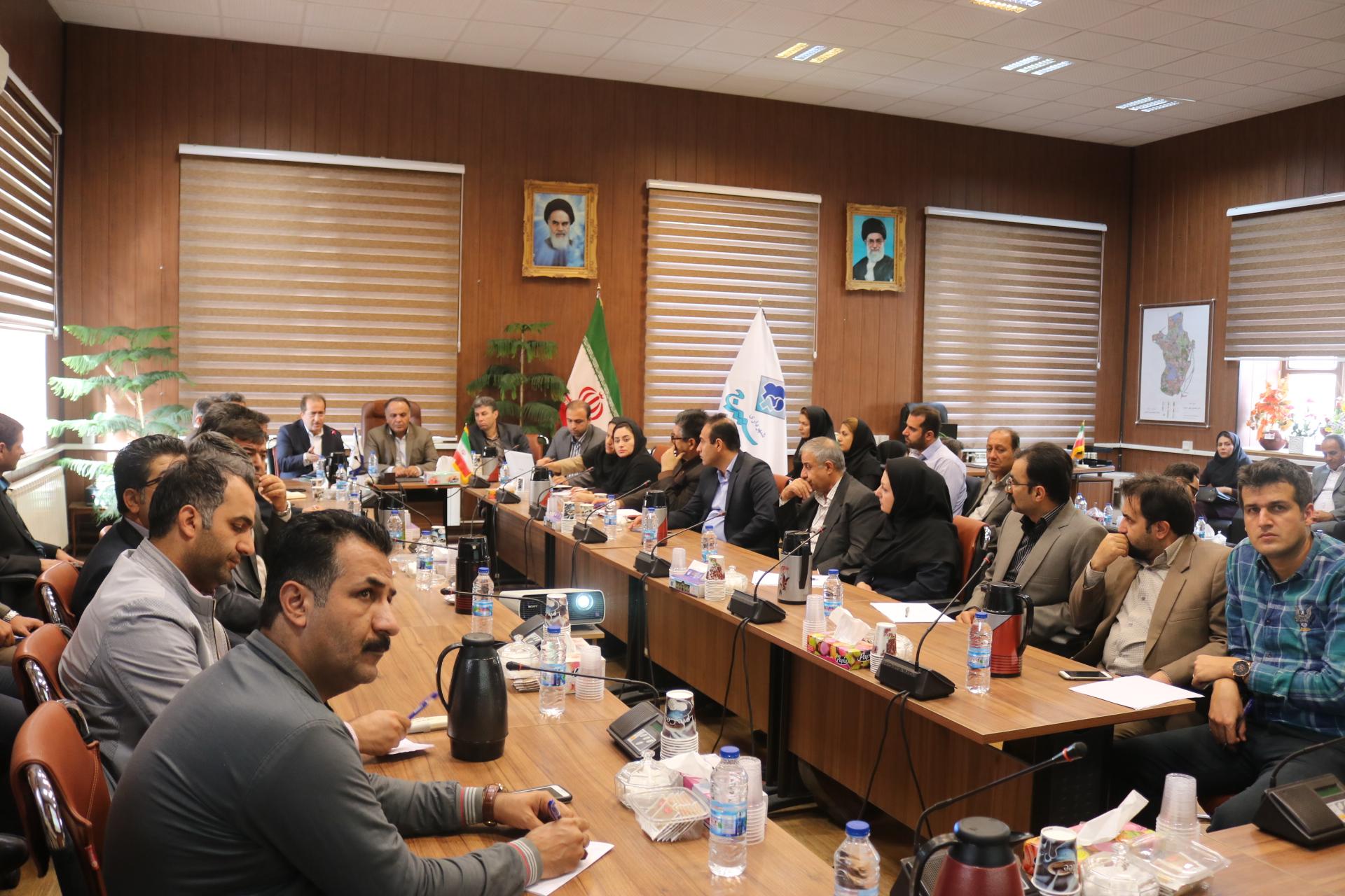 جلسه توجیهی ثبت معاملات شهرداری