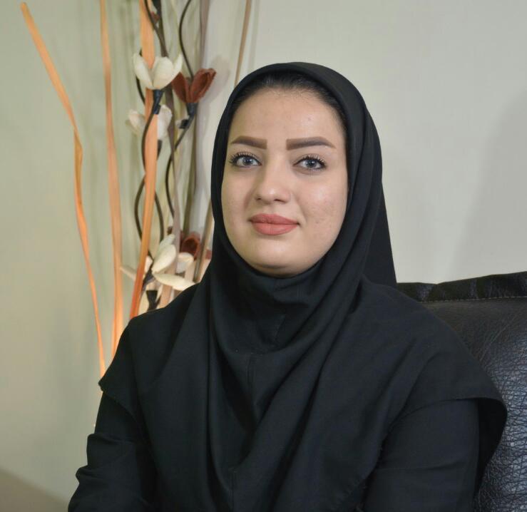 مدیر عامل ناشنئایان در اصفهان