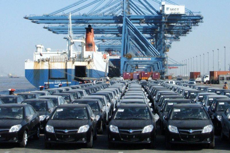 ترخیص ۴۵۰۰ خودرو ثبت سفارش شده غیر قانونی در گمرکات