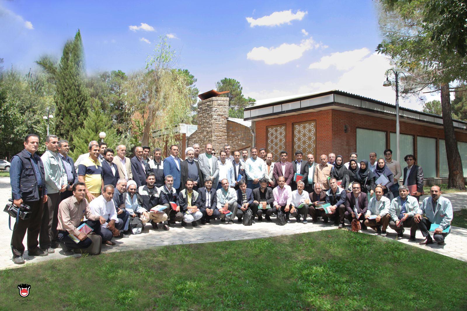 تجلیل از خبرنگاران اصفهان