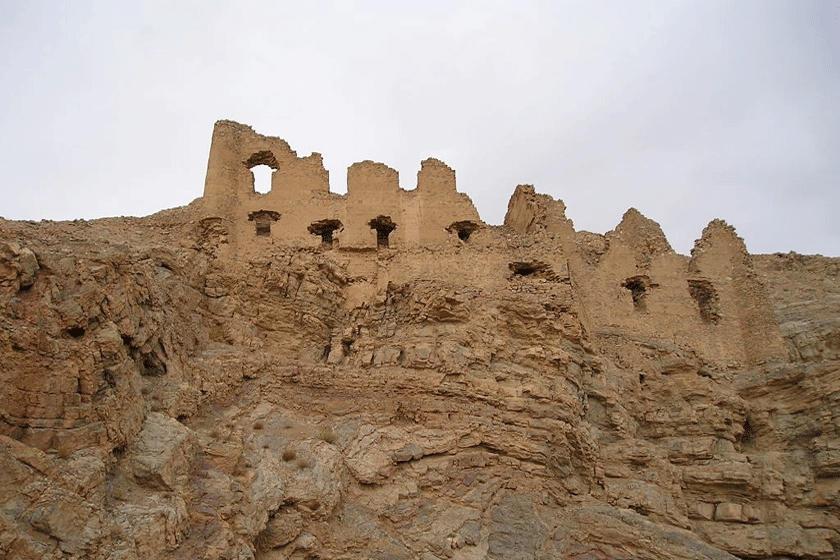 قلعه گرد کوه1