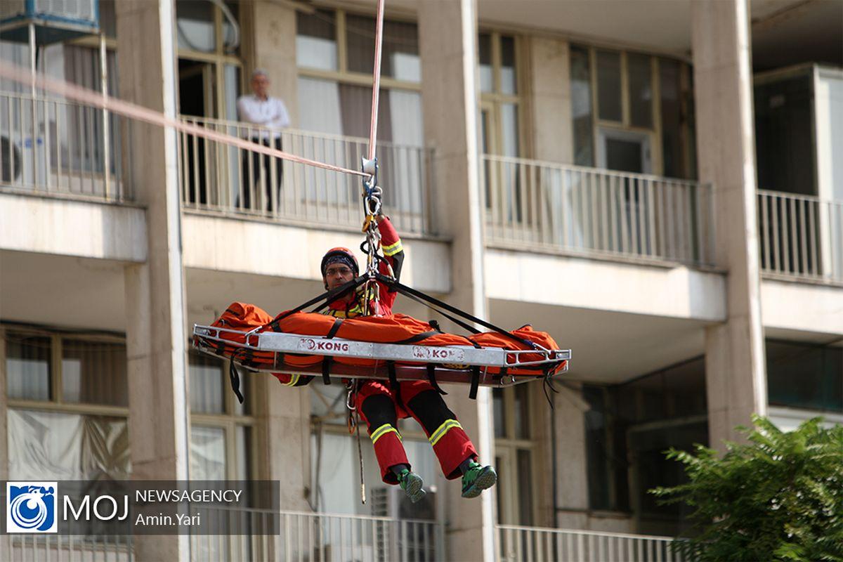 مانور بزرگ اطفاء حریق و امداد و نجات در اردبیل برگزار شد