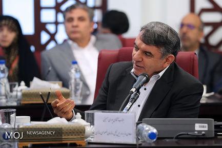 جلسه رییس جمهور با وزیر و معاونان وزارت امور اقتصادی و دارایی