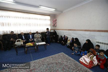 بازدید نوروزی علی لاریجانی از مرکز دارالایتام حضرت حمزه قم