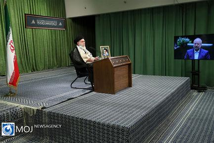 ارتباط تصویری رهبر انقلاب با صحن مجلس شورای اسلامی