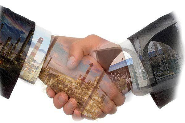 ارتباط صنعت و دانشگاه موجب رونق اقتصاد و تولید می شود
