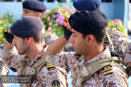 رژه یگان های نمونه ارتش در بندرعباس