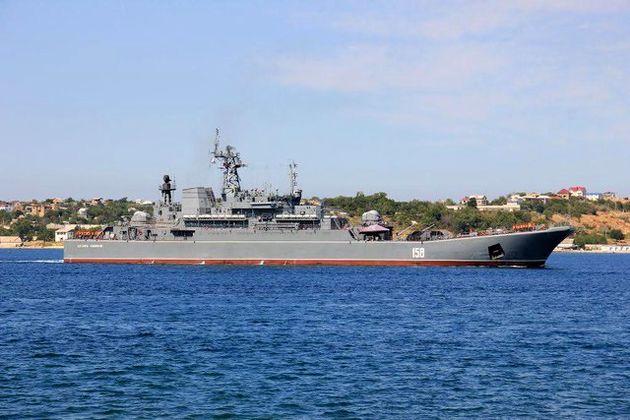 عبور ناو روسیه از آبهای ترکیه