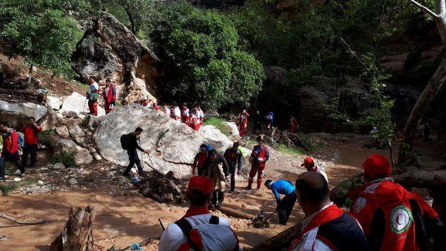 ۱٨۰ نجاتگر در اردوی توانافزایی جمعیت هلال احمر لرستان شرکت کردند