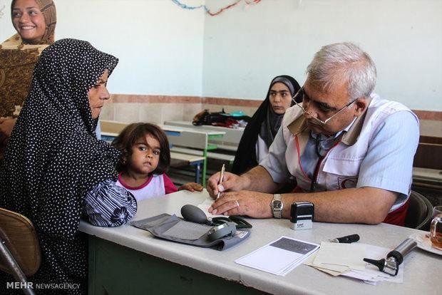 ویزیت روزانه نزدیک به هزار نفر در درمانگاههای سیار استان قم