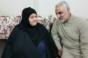 سردار سلیمانی با خانواده شهید علی هاشمی در اهواز دیدار کرد