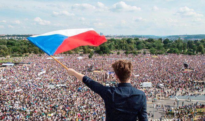 معترضان در جمهوری چک خواستار استعفای نخست وزیر این کشور شدند