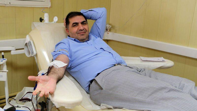 اهدای خون در راس فعالیت های انسان دوستانه جمعیت هلال احمر قرار داشته است
