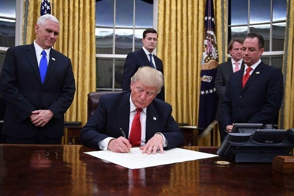 المانیتور: آمریکا تعلیق تحریم های ایران را تمدید می کند