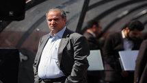توافق برای ادامه حضور رییس بازنشسته فدراسیون فوتبال قانونی نیست