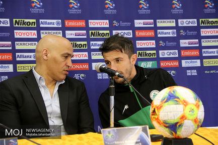 کنفرانس خبری پیش از دیدار تیم های فوتبال ذوب آهن و الزورا عراق
