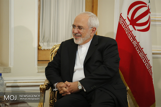 ظریف با وزیر خارجه آذربایجان دیدار کرد
