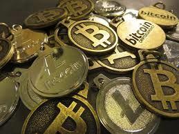 رمز ارزها در ایران رسمی نیست/احتمال ورود رمز ارز ملی چقدر است؟