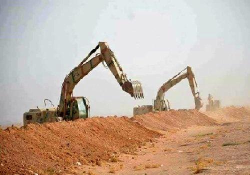 ساخت خاکریز در مزر عراق با سوریه