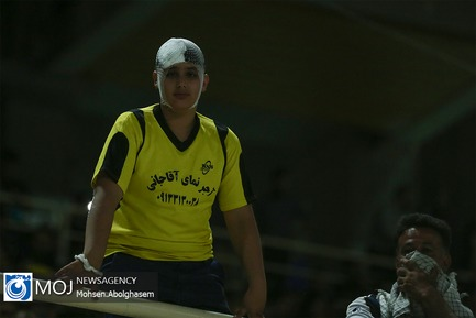 دیدار تیم های فوتبال پرسپولیس و سپاهان اصفهان
