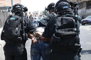 Zionist Regime forces arrested 25 Palestinians across the West Bank