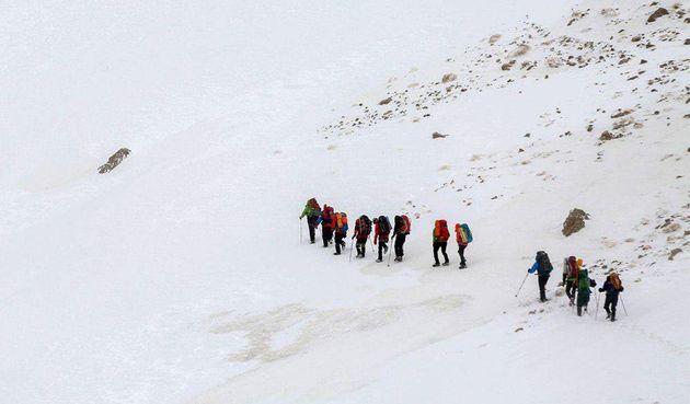 انتقال ۷ پیکر از جان باختگان سانحه هواپیمای تهران-یاسوج