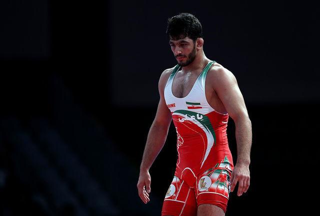 مصطفی حسین خانی برابر جردن باروز تن به شکست داد