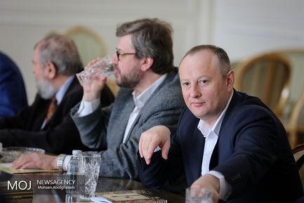 دیدار هیات موسسه والدای روسیه با ظریف