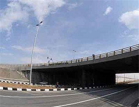 بهره برداری از تقاطع غیرهمسطح فتح - ایران خودرو تا پایان شهریور