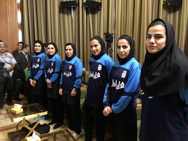 تیم فوتسال دختران مهمان امروز شورا شدند