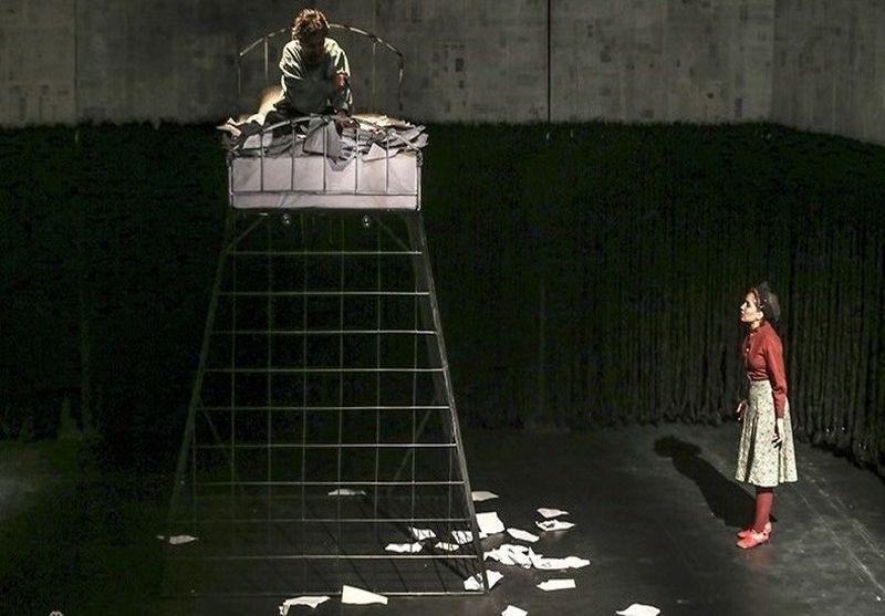 عدم حمایت از هنرمند برگزیدهی تئاتر فجر