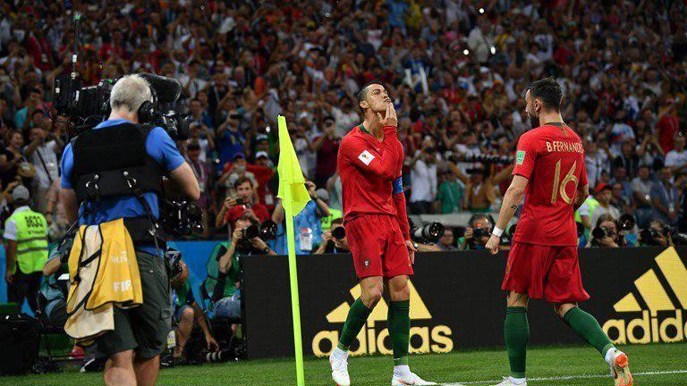 پیروزی پرتغال برابر اسپانیا در نیمه نخست