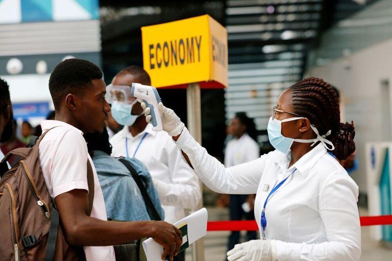 نزدیک به یک چهارم از مردم در کشورهای آفریقایی به کرونا مبتلا خواهند شد