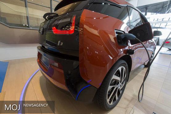 بی ام وتسلا خودرو رقیبان جدی در عرضه خودرو هوشمند