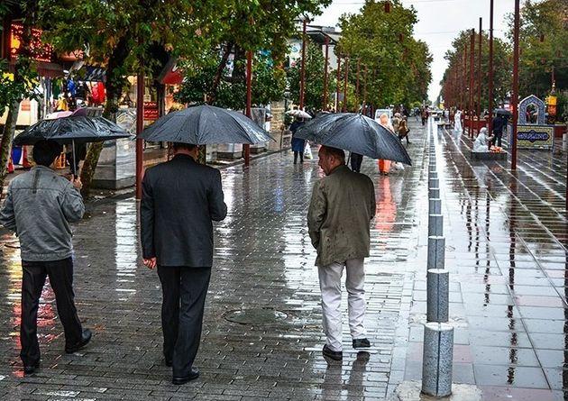 ادامه داشتن بارش های پراکنده  باران در گیلان
