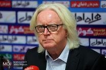 شفر با یک مربی آلمانی به تهران بازگشت