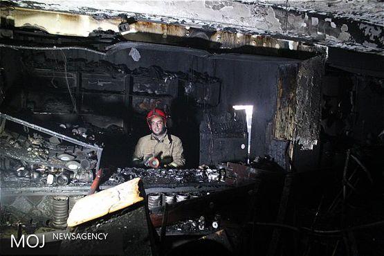 بزرگترین انبار لوازم خانگی کرمانشاه آتش گرفت