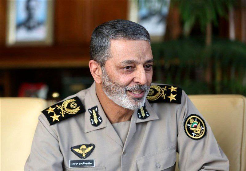 پیام تبریک فرمانده کل ارتش بمناسبت روز نیروی انتظامی
