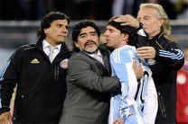 حاضرم مجانی سرمربی تیم ملی آرژانتین شوم