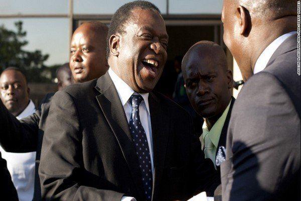 منانگاگوا به زیمبابوه بازمیگردد