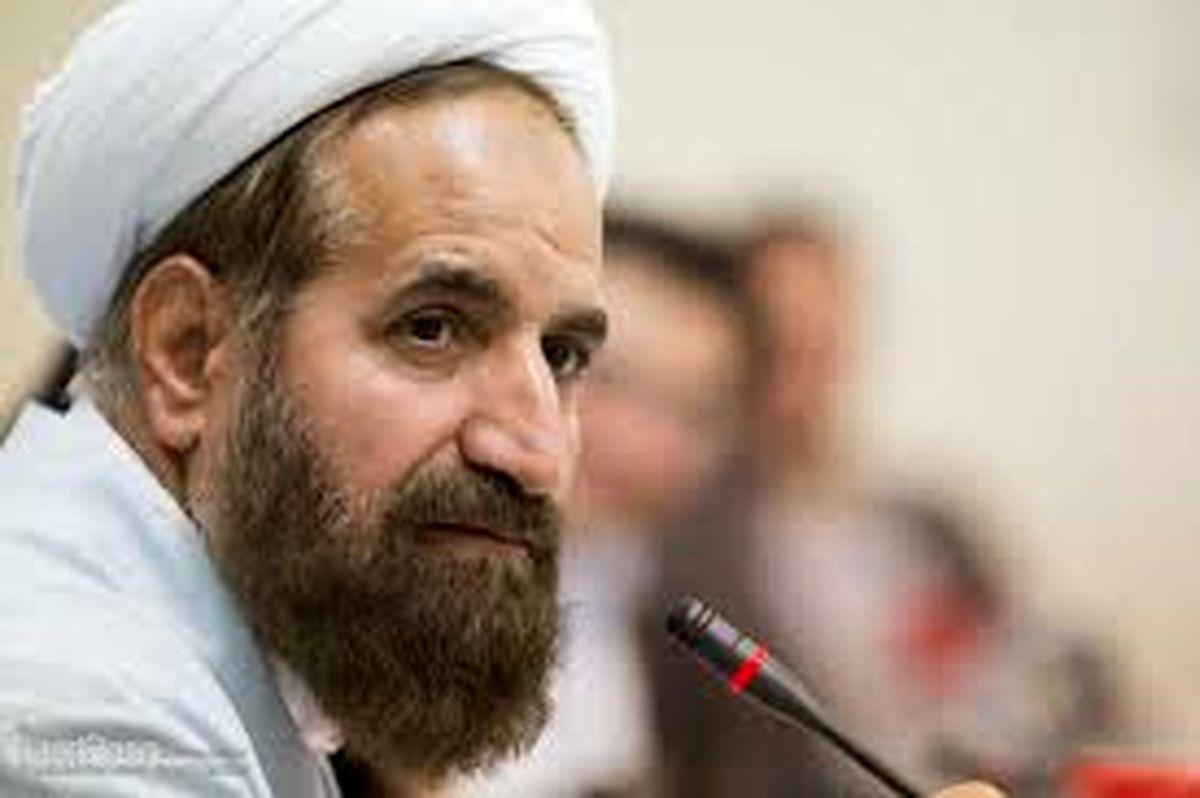 75هزار نفر عضو بنیاد شهید یزد هستند/ اپلیکیشن شهدا در یزد راه اندازی می شود