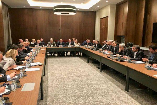 هیات های ایران، ترکیه و روسیه در هفتمین نشست آستانه با یکدیگر دیدار کردند